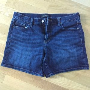 Banana Republic Roll up medium wash denim shorts